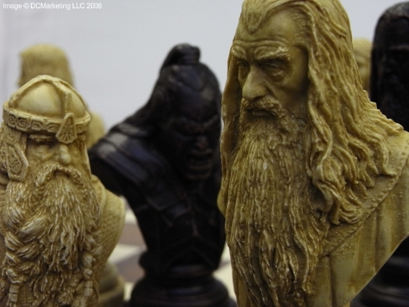 Lord Of The Rings Chess Set Fantasy Chess Sets Dragon