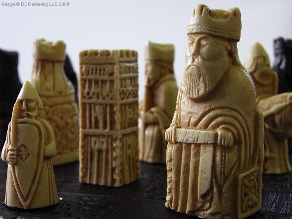 Plain theme chess pieces chess board pieces from our collection of chess piece sets - Lewis chessmen set ...
