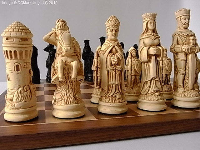 Camelot Plain Theme Chess Set (Large)