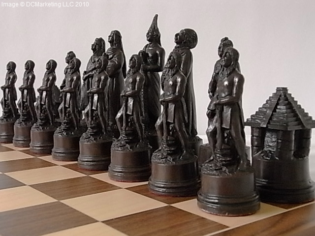 Christopher Columbus Plain Theme Chess Set