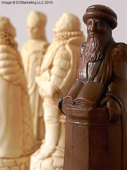English And Scottish Plain Theme Chess Set