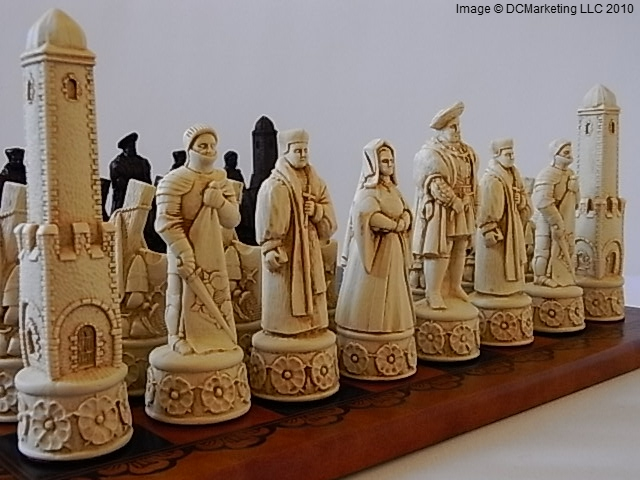 Henry VIII Plain Theme Chess Set